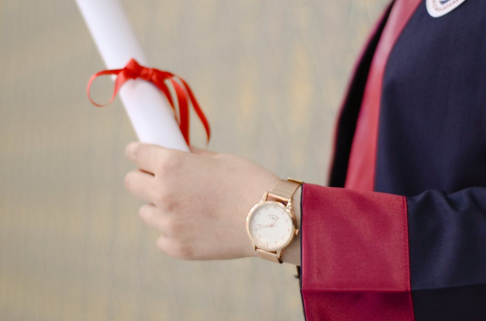 Why You Should Get A Graduation Gift For Your Loved One